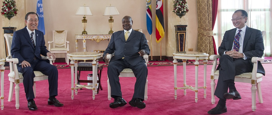 Secretary-General and President of the World Bank meeting with President of Uganda.