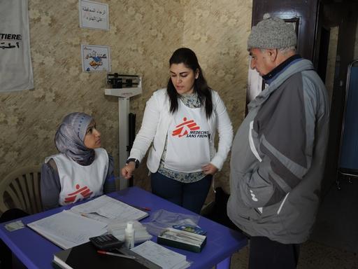 Fra Leger Uten Grensers klinikk i Baalbeck, hvor organisasjonen gir konsultasjoner og behandling til syriske flyktninger. Foto: Aurelie Lachant/Leger Uten Grenser.